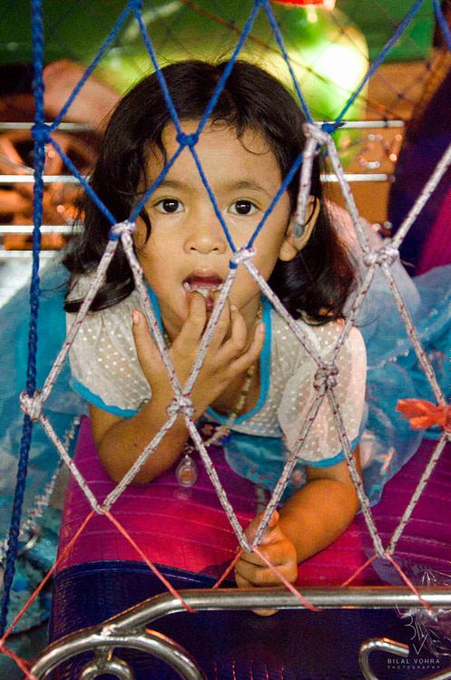 kid on bangkok street