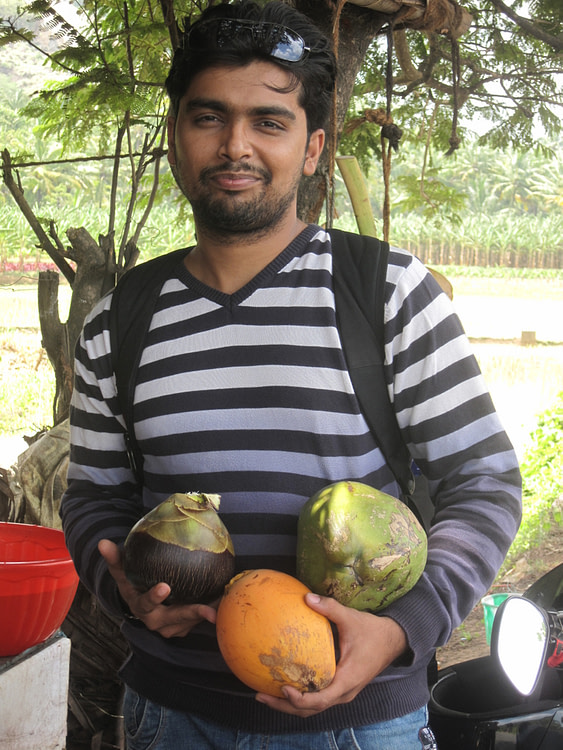 My friend with 3 refreshing natural fruits
