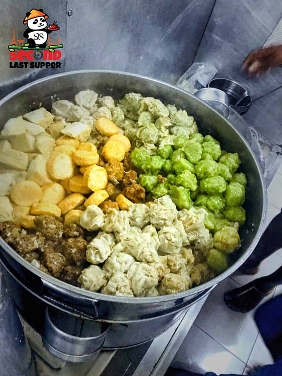 Boulettes known as Momo, dumplings, sui mai across the globe