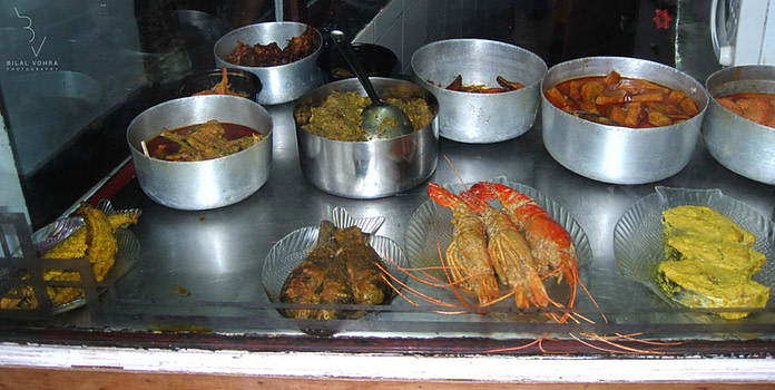 Sea Food Fare at Bhojohari Manna